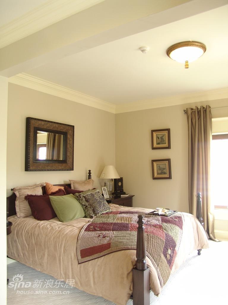 欧式 别墅 卧室图片来自用户2746889121在优雅温馨的古典风格爱家49的分享