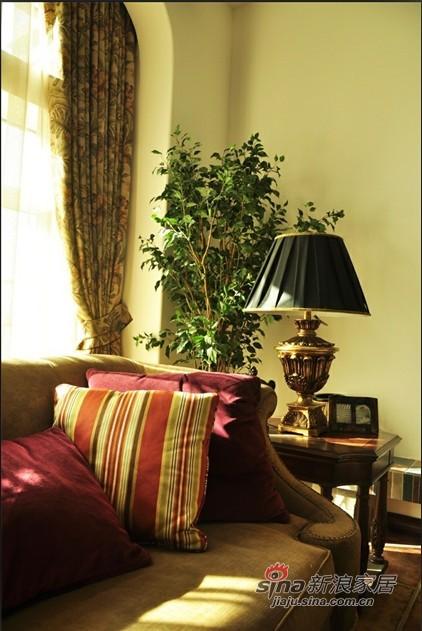 新古典 别墅 客厅图片来自用户1907701233在10W西式古典别墅装修设计10的分享