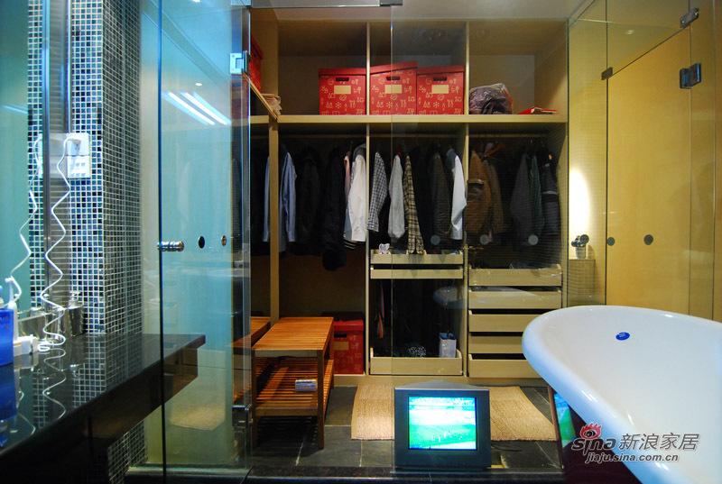 简约 三居 卫生间图片来自用户2739153147在25万软装低调奢华的现代简约风尚美家74的分享