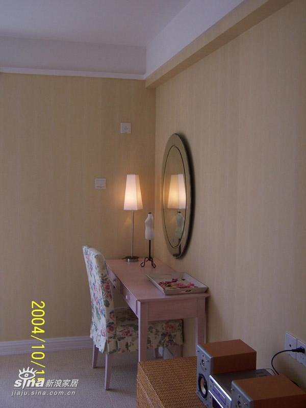 欧式 三居 卧室图片来自用户2557013183在万科城花英式田园风格样板房15的分享