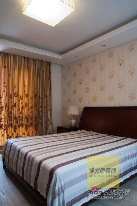 混搭 四居 卧室图片来自用户1907655435在保利垄上330平经典现代与欧式混搭装修实景图40的分享