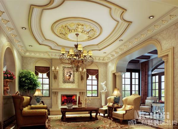 典型的法式室内风格天花板的雕花装饰