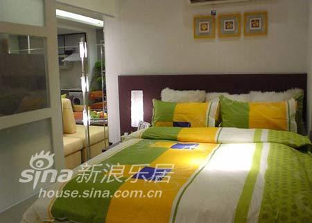 简约 一居 客厅图片来自用户2558728947在轻装修设计风格372的分享