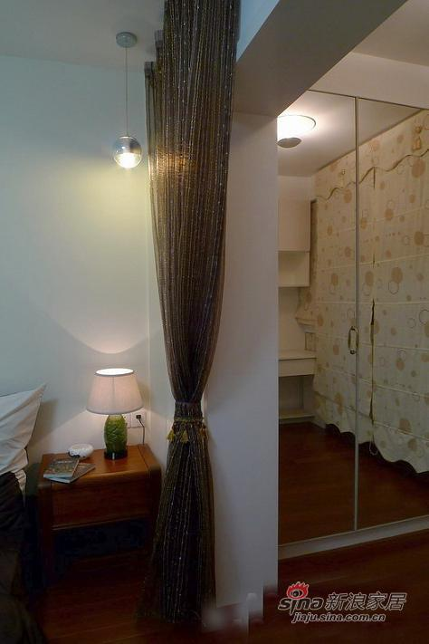 现代 四居 客厅图片来自用户2765170907在13万装休闲120平白领公寓68的分享