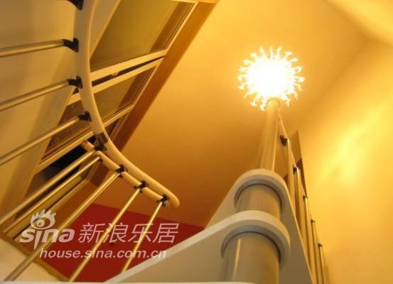 其他 复式 客厅图片来自用户2737948467在80后夫妻妖娆美居61的分享