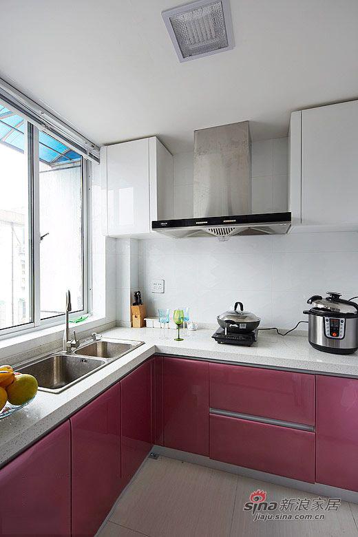 简约 二居 厨房图片来自用户2737786973在58平米老房翻新 标准二居设计59的分享