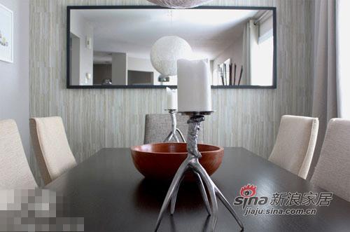 简约 二居 餐厅图片来自用户2738820801在小夫妻68平小公寓装出别墅范儿28的分享