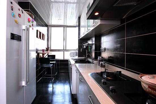 混搭 三居 厨房图片来自用户1907655435在8.8万混搭120平现代三居室49的分享