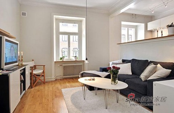 欧式 二居 客厅图片来自用户2746948411在纯洁瑞典风情酒店式公寓15的分享