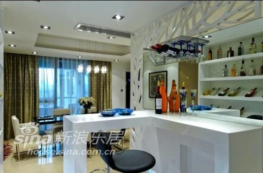简约 三居 客厅图片来自用户2738845145在玲珑雅透33的分享