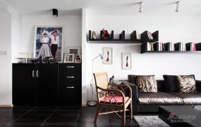 现代 二居 客厅 文艺青年图片来自装修微日记在【高清】10万装90平黑白时尚公寓55的分享