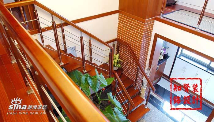 欧式 四居 楼梯图片来自用户2757317061在新古典主义二24的分享