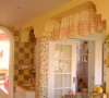 我们还是比较注重细节的美化,例如墙饰和挂