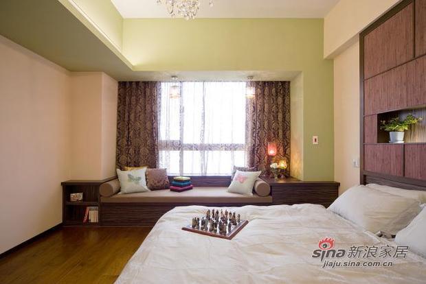 新古典 二居 卧室图片来自用户1907664341在新颖别致的古典主义的分享