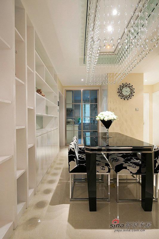 简约 三居 餐厅图片来自用户2737786973在6.2万改造100平清雅时尚3居19的分享