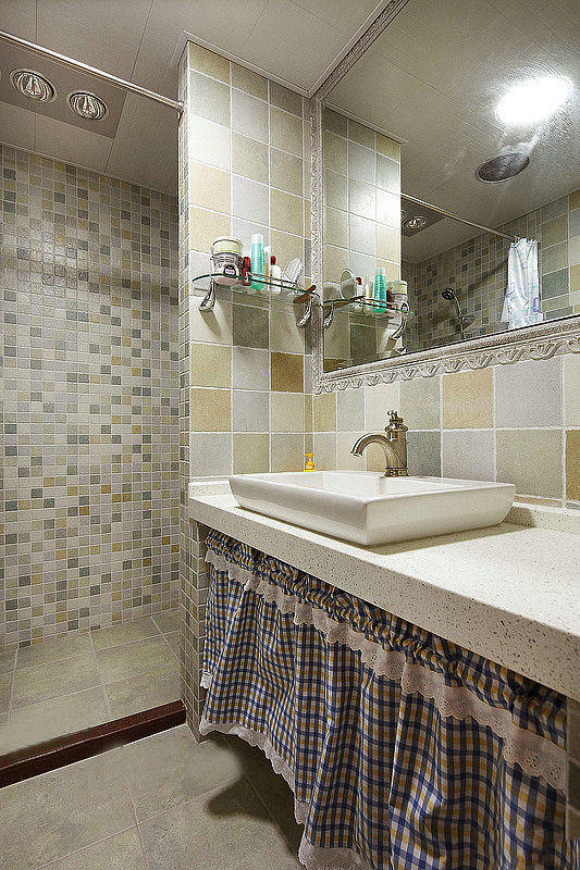 田园 loft 卫生间图片来自用户2557006183在温馨田园100平华贸城loft12的分享