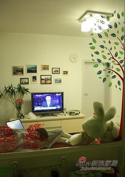 简约 一居 客厅图片来自用户2739378857在80后老房变婚房48平实用家20的分享