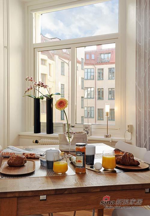 简约 二居 厨房图片来自用户2739153147在4.2万巧装60平白色浪漫2居58的分享