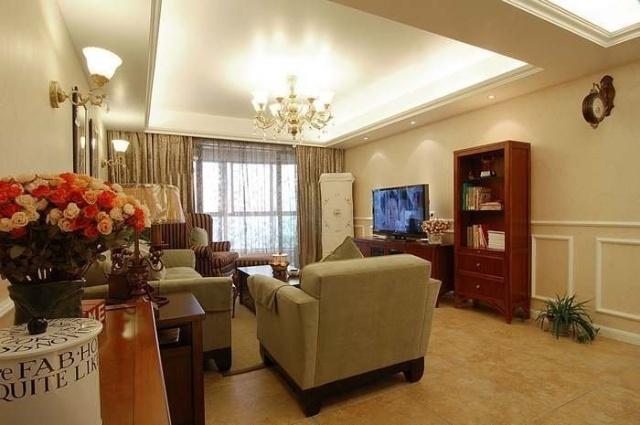 简约 三居 客厅图片来自用户2738845145在15万装146㎡简欧混搭婚房82的分享
