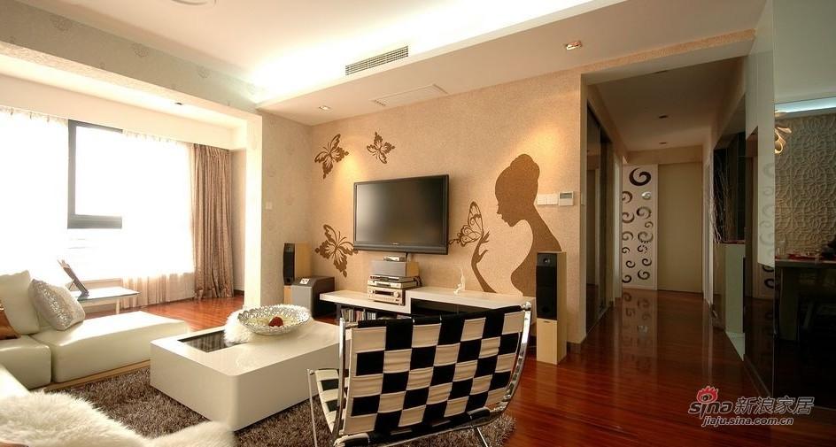 欧式 三居 客厅图片来自用户2746889121在【高清】阔少阔太的103平素雅高贵3居43的分享