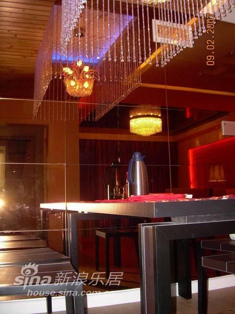 中式 二居 客厅图片来自wulijuan_16在装饰设计——中式81的分享