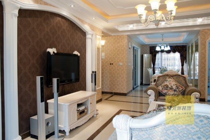 欧式 三居 客厅图片来自用户2746889121在25万装中间建筑160平简欧混搭三居19的分享