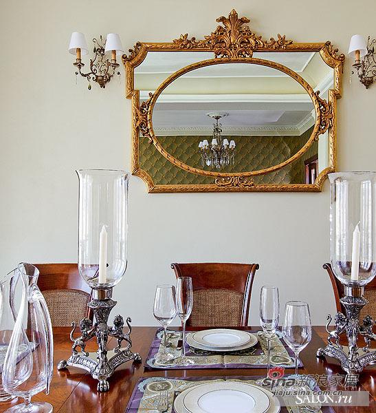 欧式 三居 客厅图片来自用户2772856065在熟女奢华红色魅惑香闺90的分享