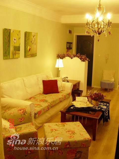 简约 二居 客厅图片来自用户2737950087在铭品装饰设计——简约17的分享