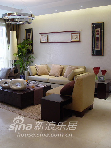 中式 三居 客厅图片来自用户2740483635在不纯粹 很时尚45的分享