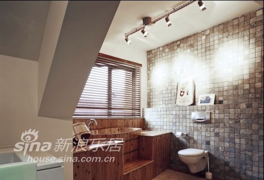 简约 别墅 卫生间图片来自用户2737735823在名申花苑57的分享