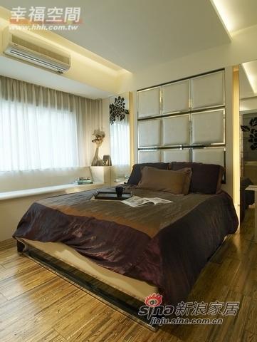 混搭 一居 卧室图片来自幸福空间在66平小居室大玩冲突美学45的分享