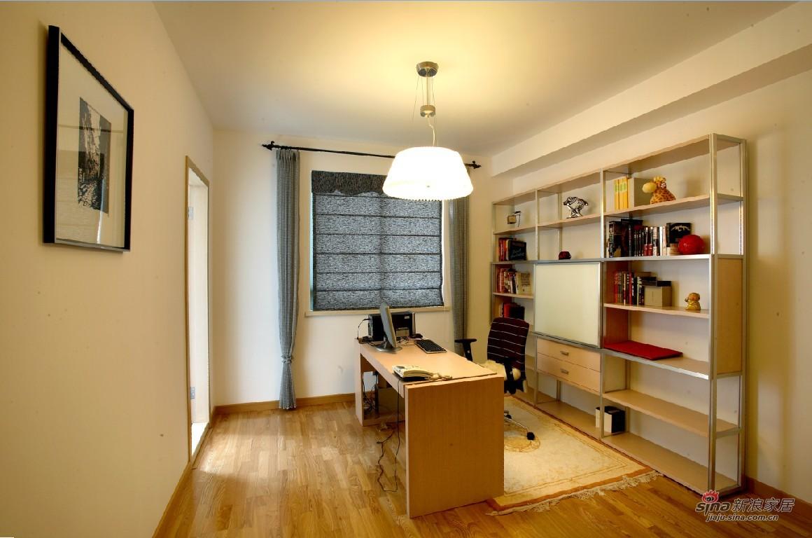 欧式 二居 书房图片来自用户2746869241在8W打造的简欧风格20的分享