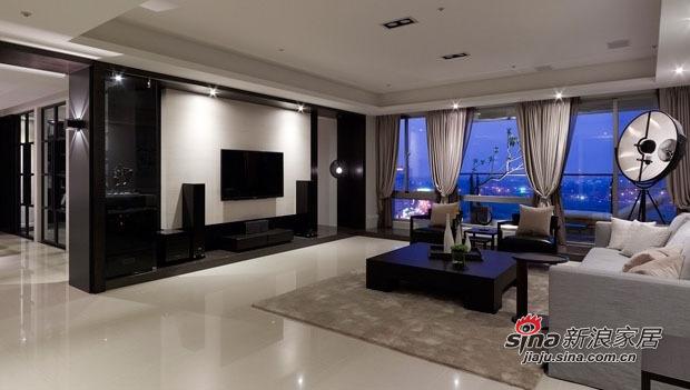简约 三居 客厅图片来自用户2739153147在三口家7.8万打造110平现代黑白空间63的分享