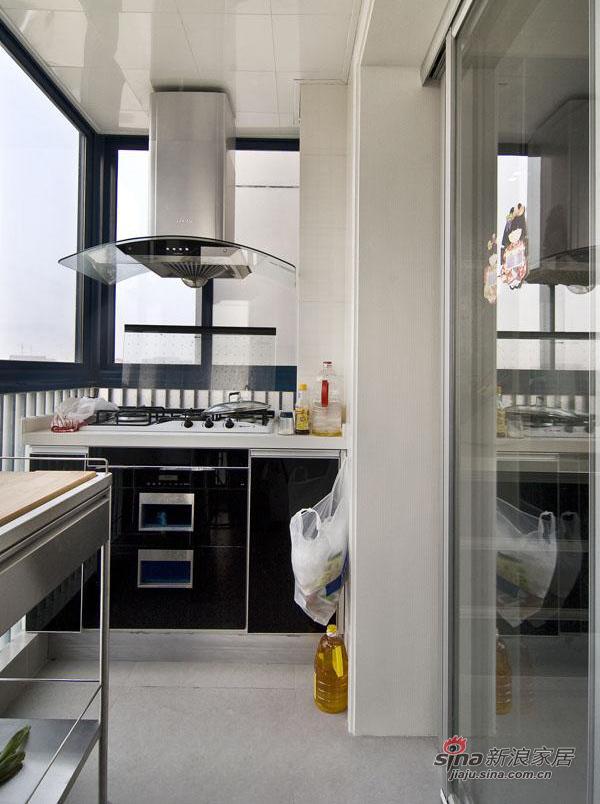 新古典 四居 厨房图片来自用户1907664341在【多图】现代大四居44的分享