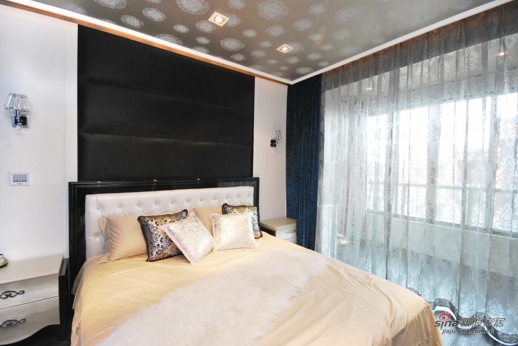 现代 三居 卧室图片来自用户2772840321在9.9万155平米梦幻童话王国53的分享