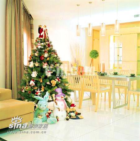 欧式 四居 餐厅图片来自用户2772856065在家具换上节日盛装 圣诞节家庭聚会开始啦22的分享