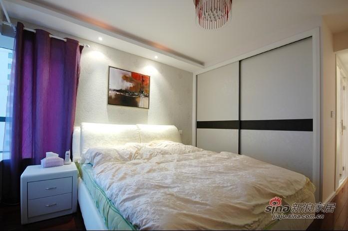 简约 三居 卧室图片来自用户2738829145在8.8万装扮130平现代简约三居室39的分享