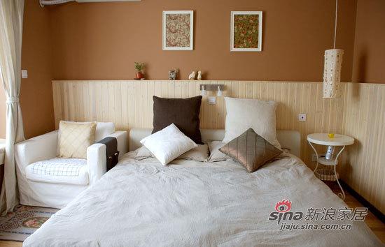 其他 二居 卧室图片来自用户2737948467在小两口5万搞定67平温馨小居室41的分享