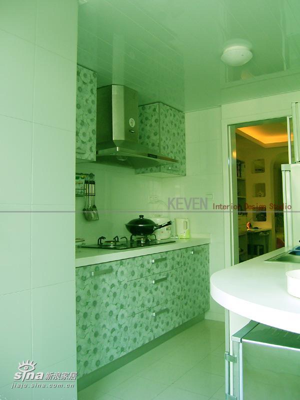 简约 二居 厨房图片来自用户2557979841在经典2房小空间的改造--aircf的新居--KEVEN设计48的分享