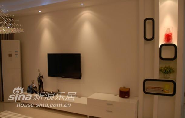 其他 三居 客厅图片来自用户2558746857在享受轻松惬意 圆浪漫甜美梦93的分享