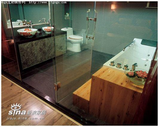 简约 复式 卫生间图片来自用户2739153147在设计师的家:亦冷亦暖,张弛有道一24的分享