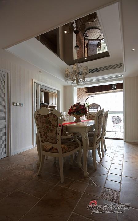 新古典 四居 客厅图片来自用户1907701233在8.7万精装140平米理想爱家86的分享