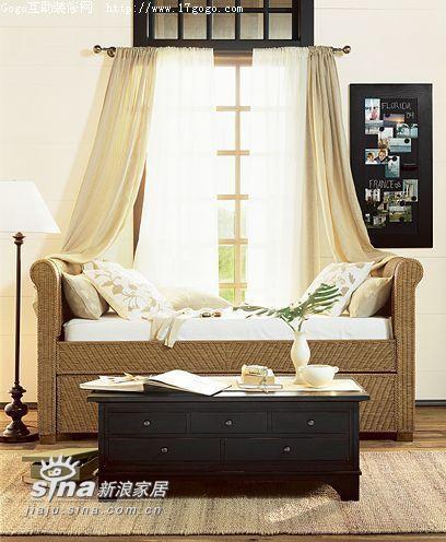 欧式 三居 客厅图片来自用户2772856065在欧式田园客厅一10的分享