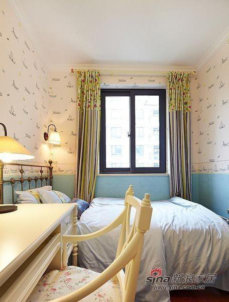 北欧 三居 卧室图片来自用户1903515612在6.4万半包98平北欧清新田园3居15的分享