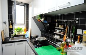 简约 一居 厨房 屌丝 温馨 实用图片来自用户2738829145在两居改成大一居  4万改造48平简单家70的分享