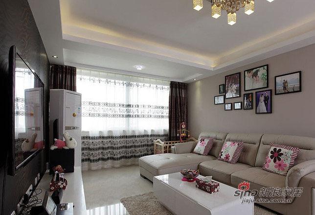 简约 三居 客厅图片来自用户2737782783在【高清】9万装102平现代简约素净居62的分享