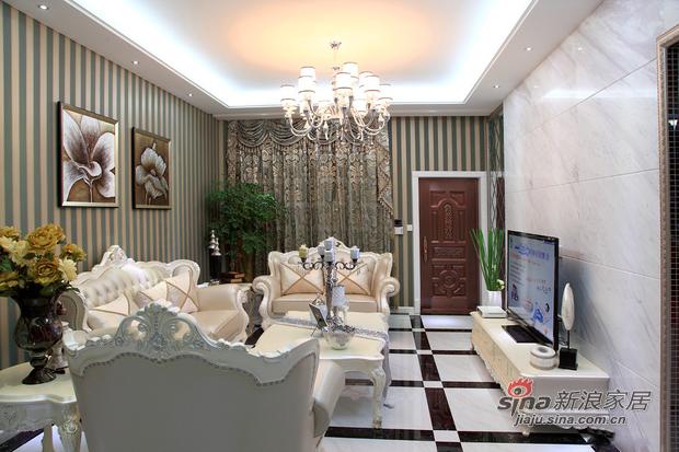 欧式 三居 客厅图片来自用户2746948411在最流行的欧式风16的分享