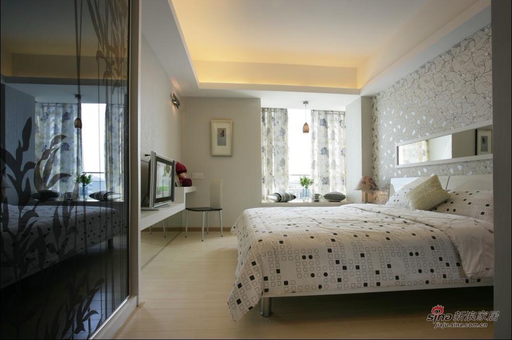欧式 复式 卧室图片来自用户2557013183在8万给你一个90平米温馨的家,成品家装25的分享