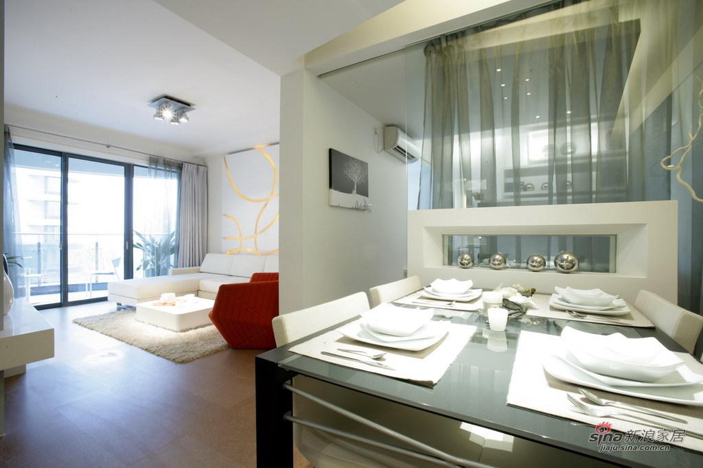 简约 三居 客厅图片来自用户2738093703在白领13万装时尚简约130平65的分享