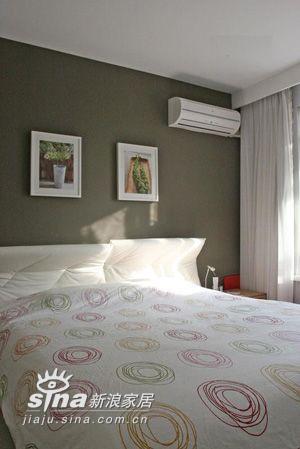 简约 四居 卧室图片来自用户2737782783在经典样板设计家居装修简约风格时尚演绎223的分享